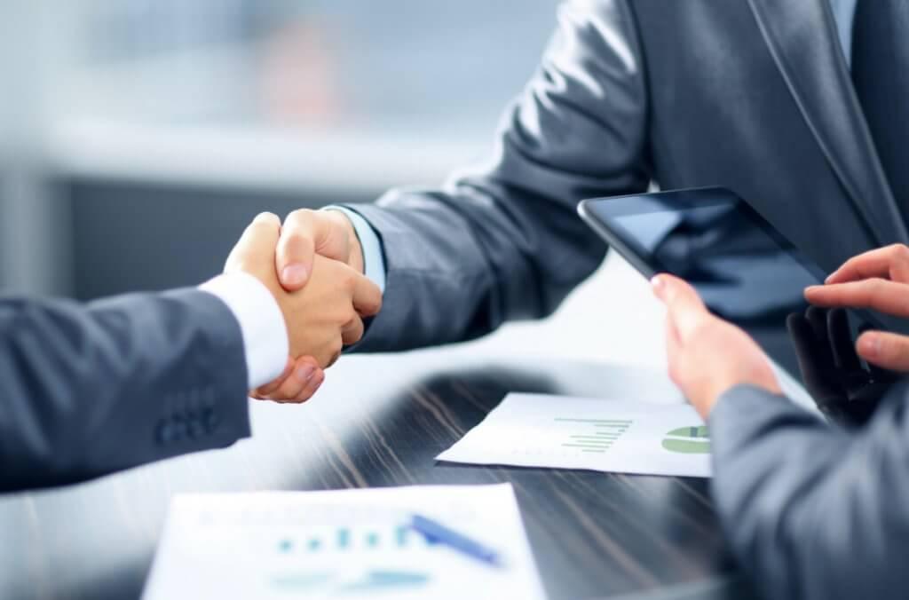 Como posso avaliar meu perfil corporativo?